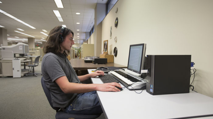 Student at Finale Computer